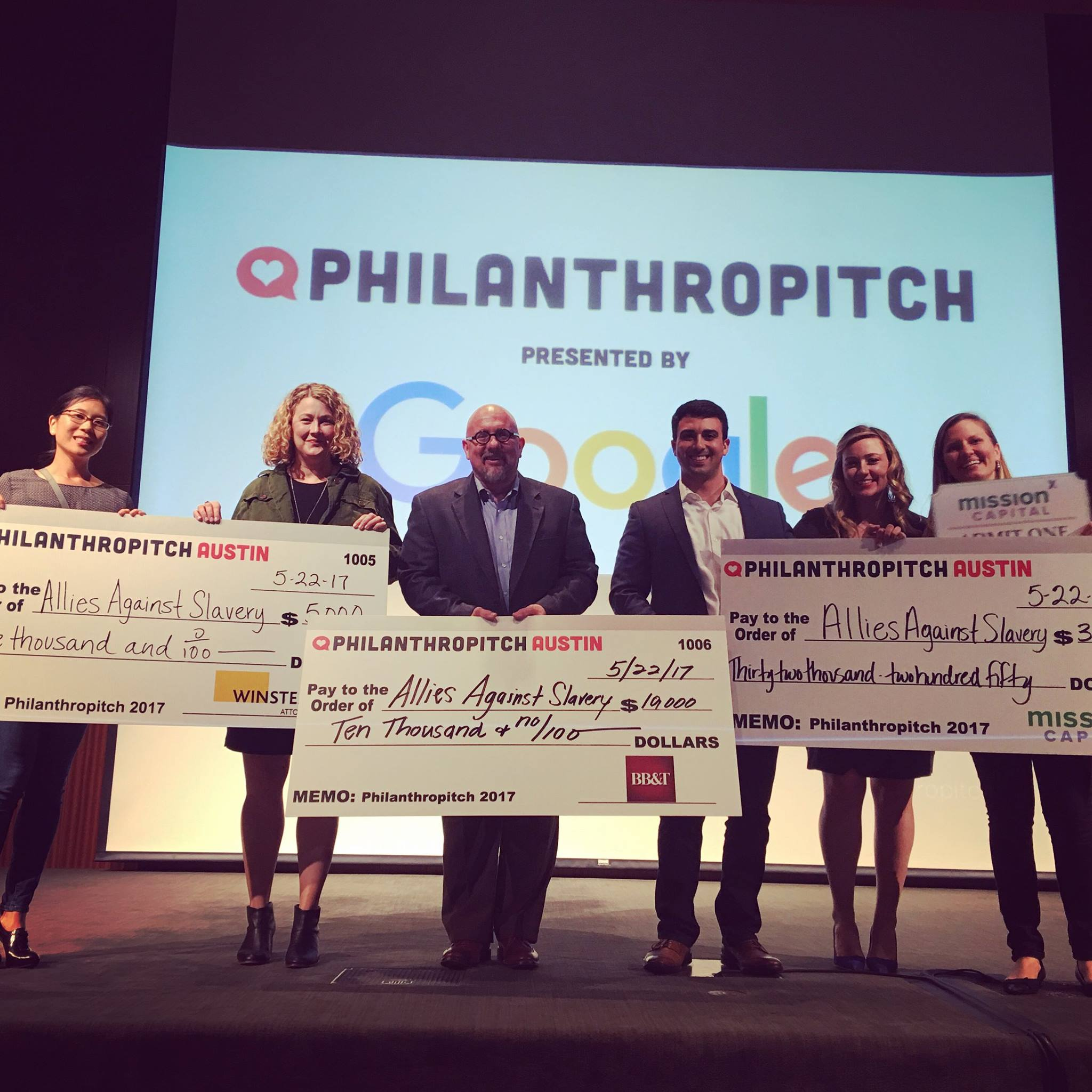 Philanthropitch_Team.jpg