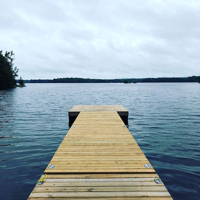 Today, our team delivers another Manager Toolkit Training session with the brilliant camp minds of @campgeorge! @aburk_ will share skills, tools and tips on how to build trust as a boss, how to coach, give feedback and delegate effectively! 🇨🇦♥️⛺️this view is from the dock at camp right now!