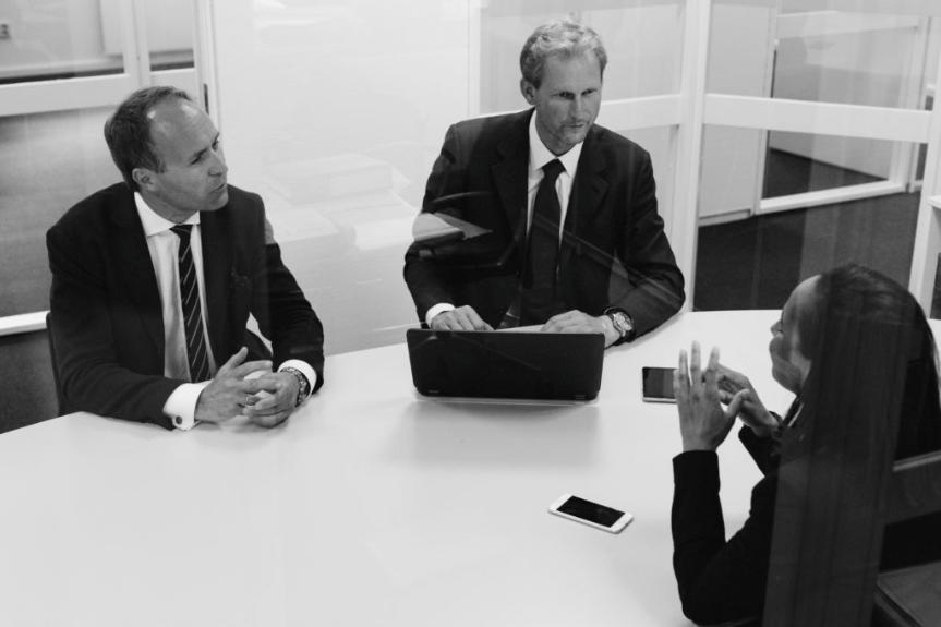 Advokatene+Berg+I+Ditlev-SImonsen-1.png