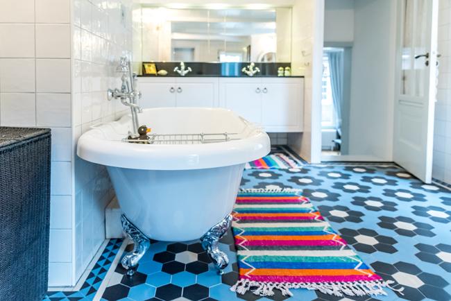 our house_family bathroom_classic bathtub.jpg