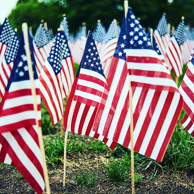 "Set you alarms for 3PM 🕒 or at least realistically consider it... Why 3 PM? This is the time that marks the National Moment of Remembrance, when as a nation, we take a moment of silence to honor the brave men and women of the United States who laid down their lives in the pursuit of freedom and peace. While we pray for the families who lost their fathers and mothers, husbands and wives, sisters and brothers, sons and daughters, who all fought for a cause bigger than themselves, we also unite ourselves with the prayer that Pope Francis delivered in 2017, ""Please Lord, stop. No more wars."" ~~~~~~~~~ We hope you are enjoying Memorial Day with friends and family, but we also hope you will take the moment to remember what this day is truly all about 🙏🏼🇺🇸 photo credit Valentino Funghi @unsplash  #nationalmomentofremembrance #thankyou #memorialday #freedom #unity #peace #usa #america #liberty"