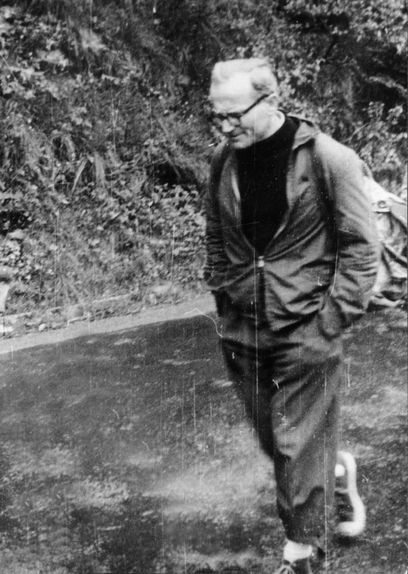 "Source:  Catholic Gentlemen website (""20 Images That Prove St. John Paul II was the Coolest Saint Ever"""