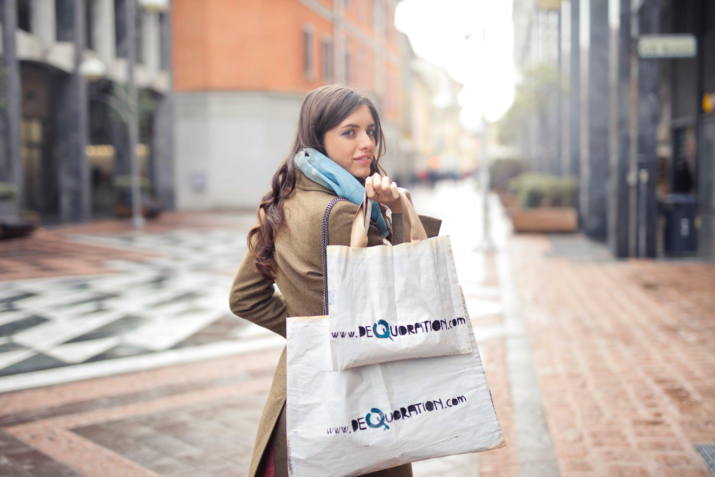 adult-bags-beautiful-919453.jpg