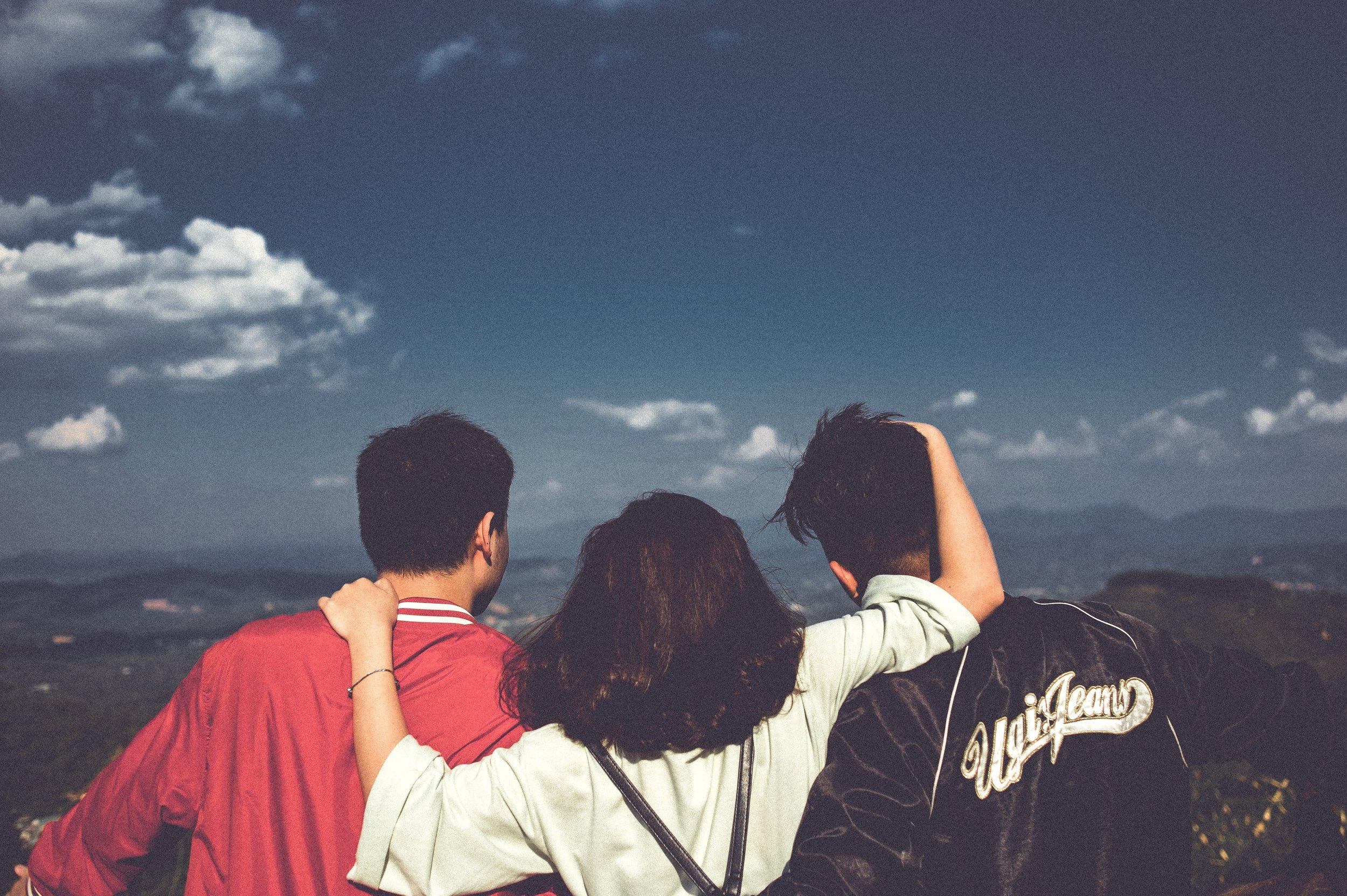 boys-friends-girl-1255062.jpg