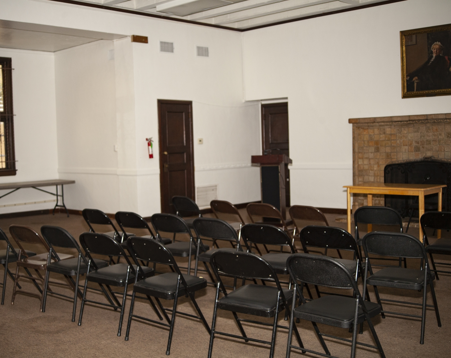 Severance Room - The Severance Room has 865 square feet of space and has been used for business, spiritual and community meetings. Capacity: 144 people, seated.