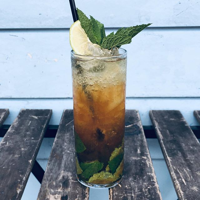 It's Castaway Monday! Our Cold Brew Mojito is $5 from 4-8pm. Come check our specials out! #happyhour #noladrinks #eaternola