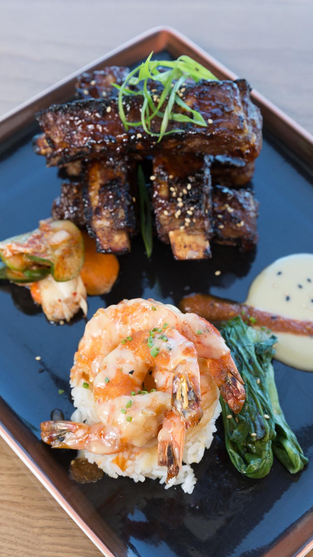 Roy's Hawaii_Dakine Combo | Grilled Szechuan Baby Back Pork Ribs, Teppan-yaki Shrimp, Firecracker Sauce__pc Craig Bixel_10-2017-5.jpg