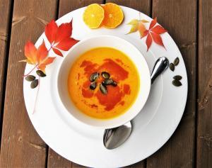 mid_Pumpkin_Soup,_Fall,_Autumn.jpg