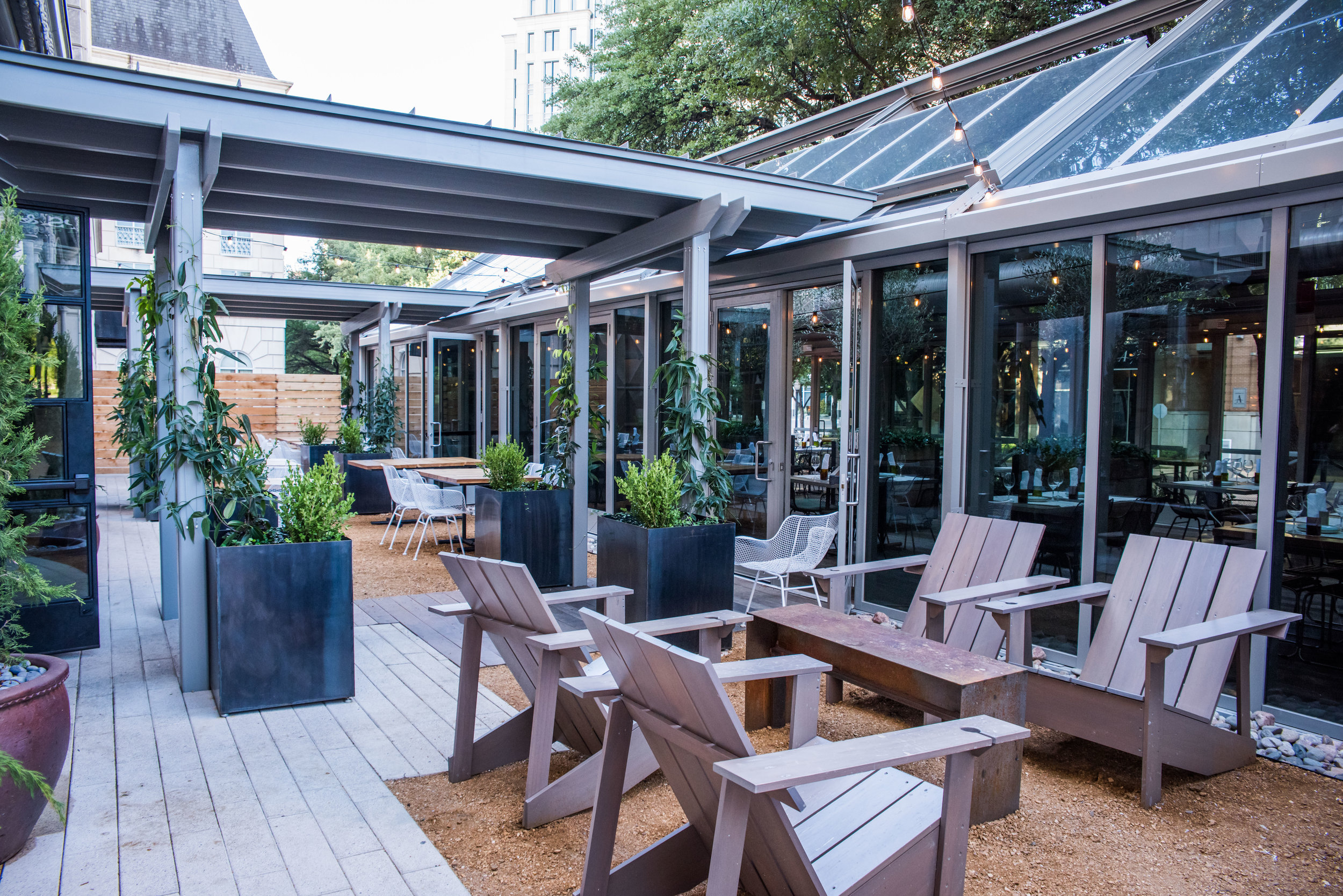 SV Uptown Outside Seating2.jpg