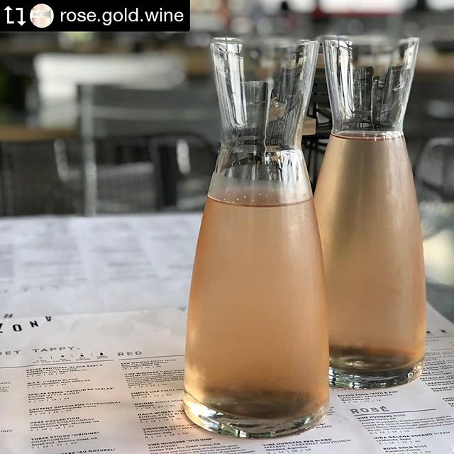 Rose Gold is a delicious and light wine to enjoy with your lunch today at Whiskey Cake. On tap and waiting for you! • • • • #rosegoldrosé #whiskeycakekaty #whiskeycake #katyfoodie #katybars