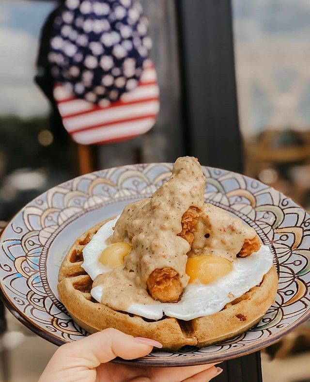 Memorial Day is a day that we would like to remember all of our fallen heroes. They helped us shape our country! Let's celebrate with Brunch this Memorial Day 10am to 3pm! • • • • #whiskeycakekaty #whiskeycake #katybrunch #katyfoodies #katyfortbendfoodies