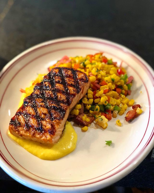 What is this delicious looking entree you ask?! Well this is our Steelhead Trout! Cooked with our house Ida spices, laid on top of a tri-pepper & roasted corn succotash. Of course with a little bacon in it and to top it all off a sweet vanilla corn purée! • • • • • • • • #idaclaire #southernhospitality #southofordinary #foodie #troutgamestrong #wednesdayvibes