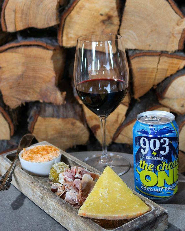 Social Hour is on from 3-6pm! Snack on our mini Local Board and sip on our Portillo Malbec. Or check out some of our local canned beer!  #903brewers #planohappyhour #cheeseboard #planoeats