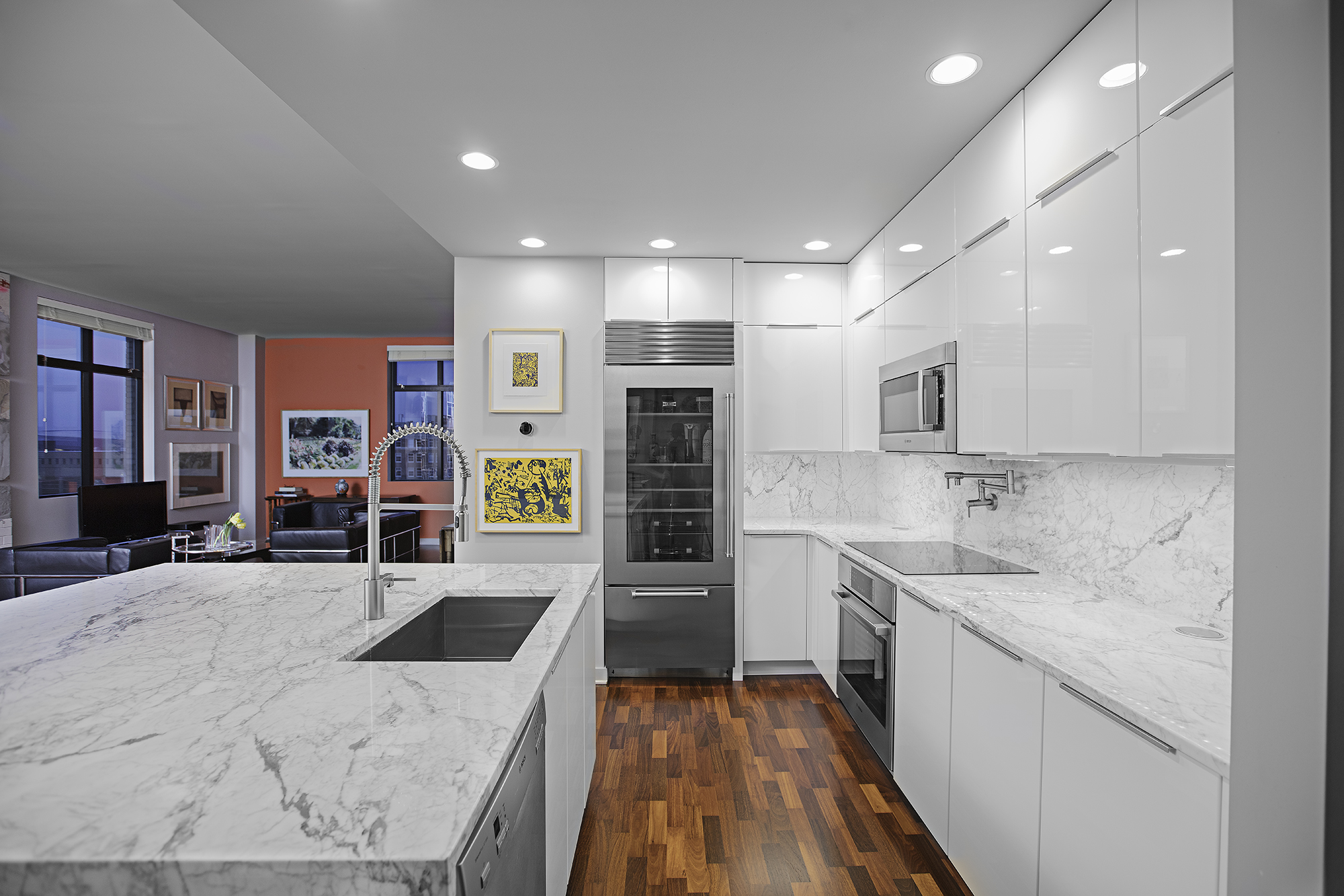 DOWNTOWN KITCHEN REMODEL