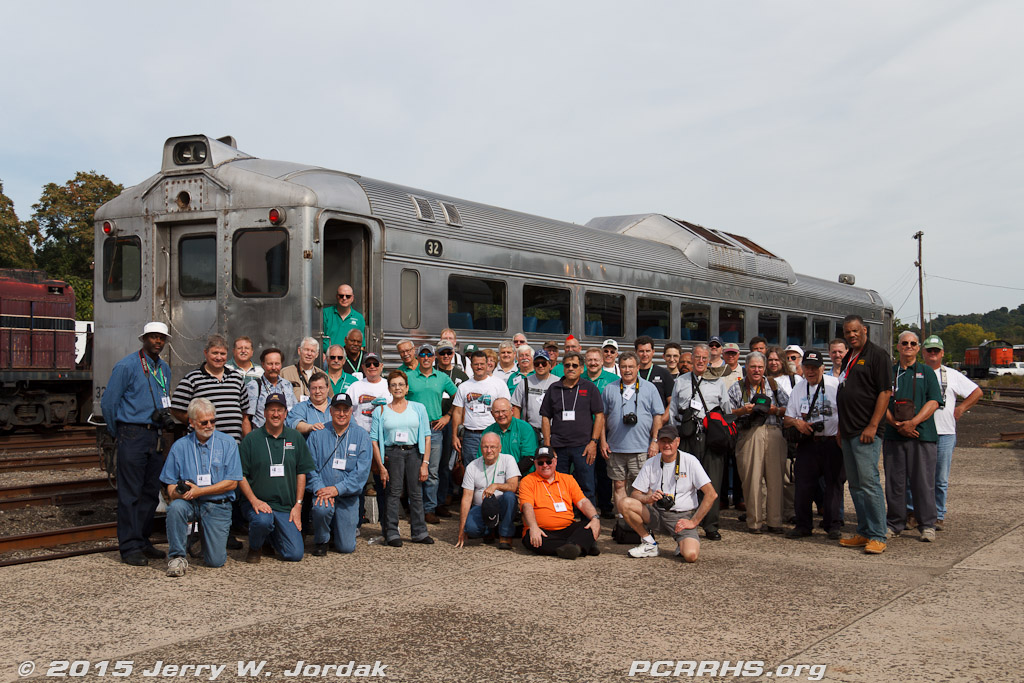 Group photo with a former New Haven/Penn Central Budd RDC
