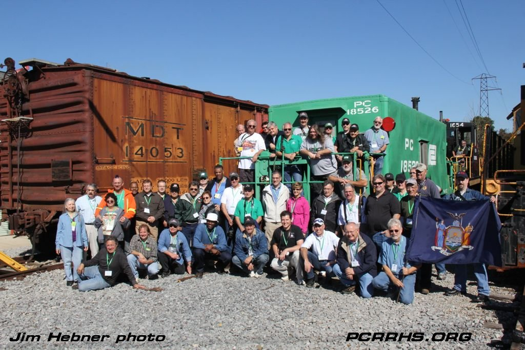 Group photo with the PC 18526