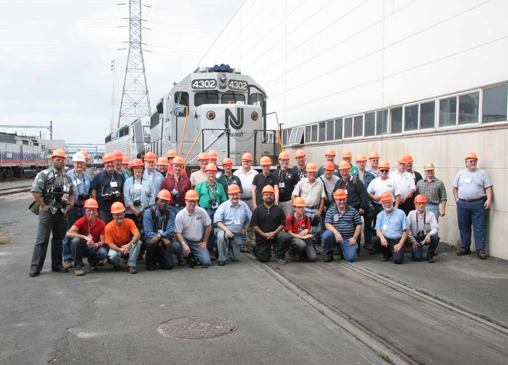 Group photo with NJT GP40-2 4302, built as PC GP40 3197