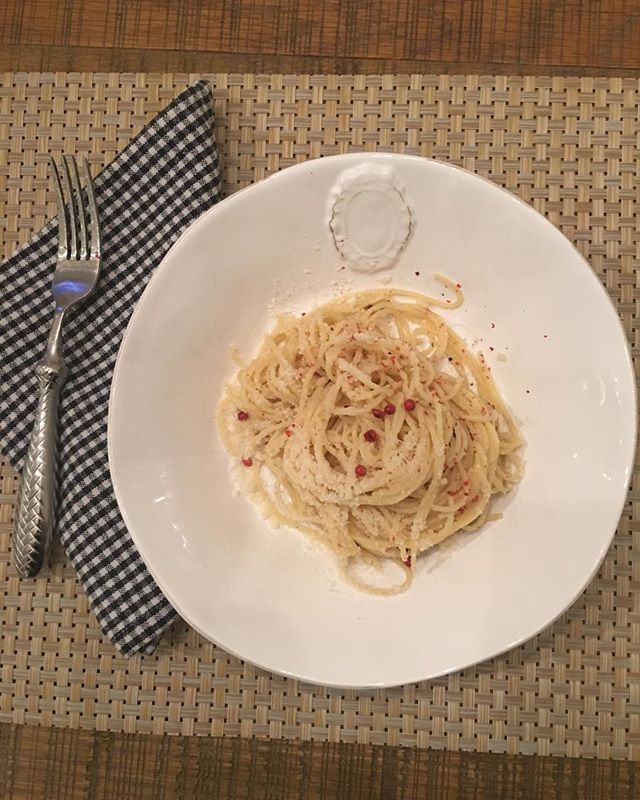 Cacio e Pepe wth Pink Peppercorns