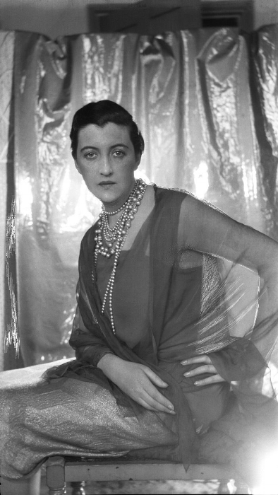 One of a series of portraits of Dolly Wilde photographed by Cecil beaton.