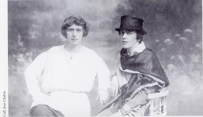 Natalie Clifford Barney (Left) and lover Romaine Brooks (Right), ca 1915.