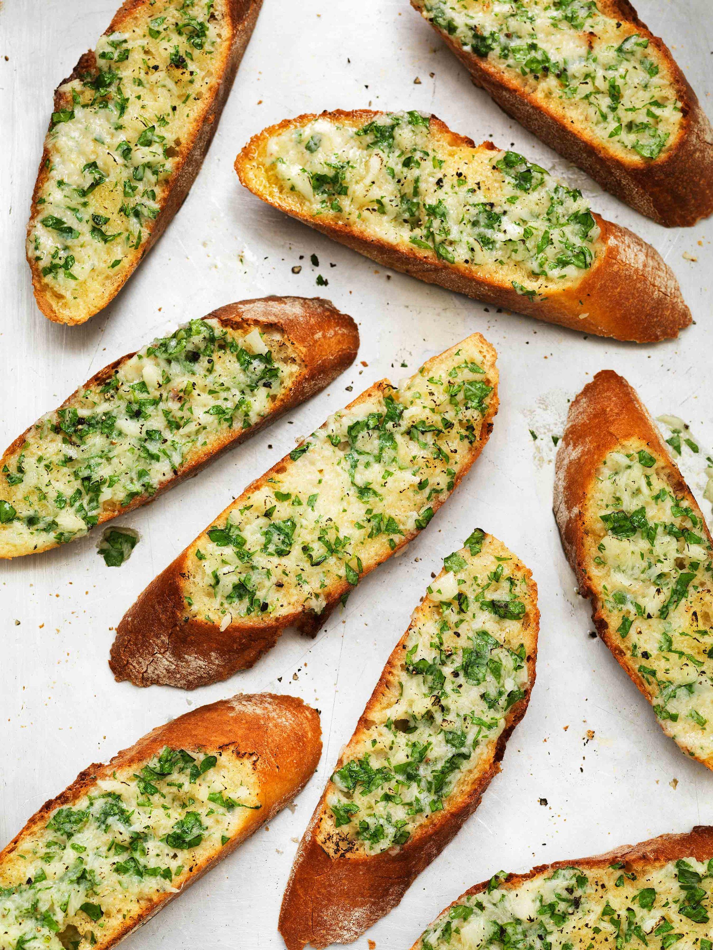 Garlic-Bread_10020editWeb.jpg