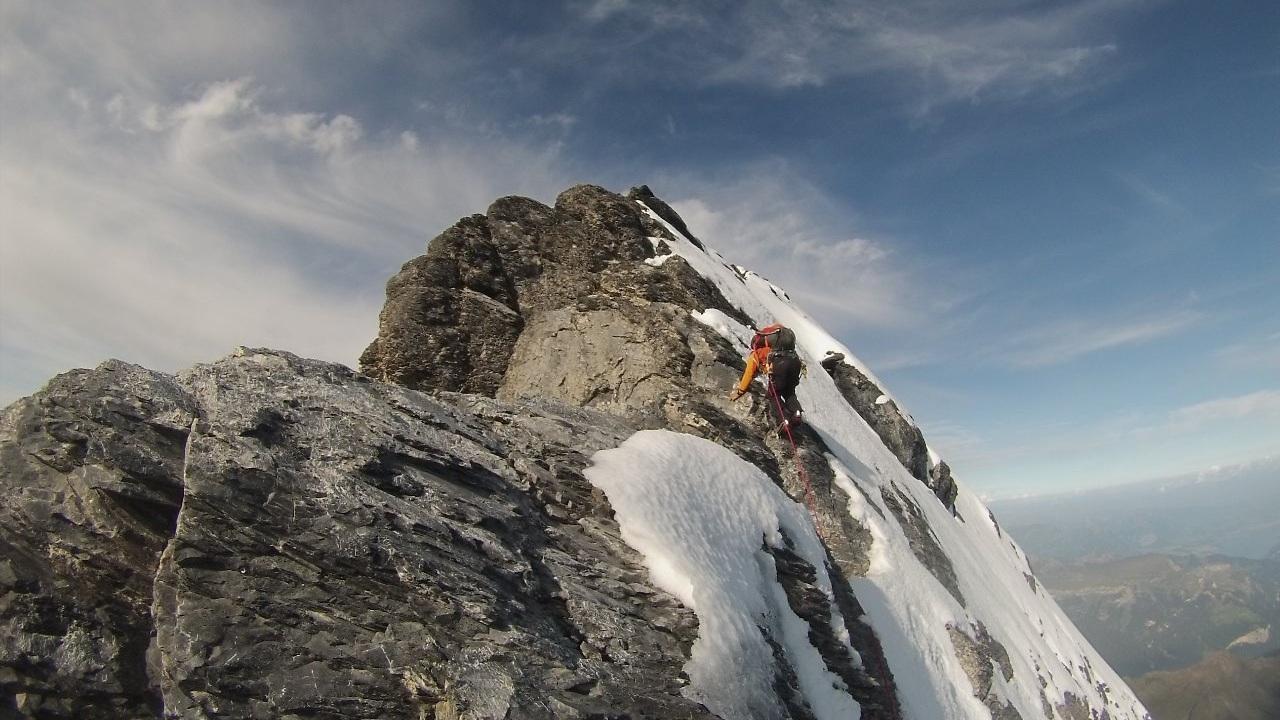 Foto:  Carlos Santalena escalando Eiger - 3970 metros