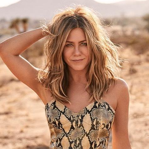 #jenniferaniston #smuk #lækkerthår #california #glow #frisør #salon #århusgade 6