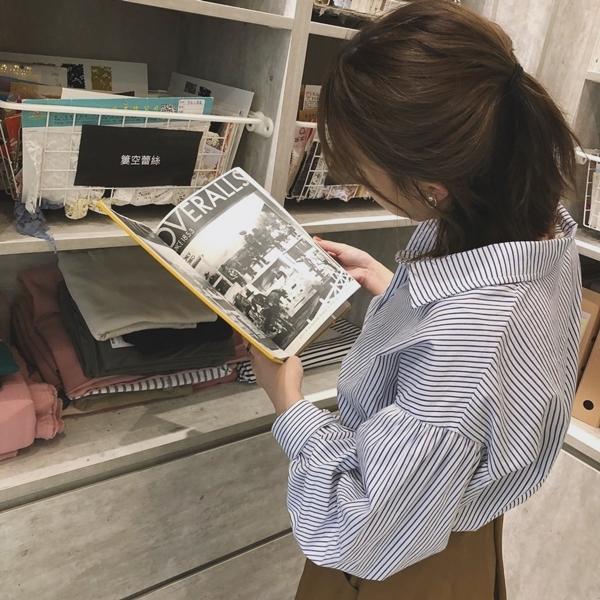 PAZZO荷葉袖口排釦襯衫-率性打摺口袋寬裙 (1).jpg