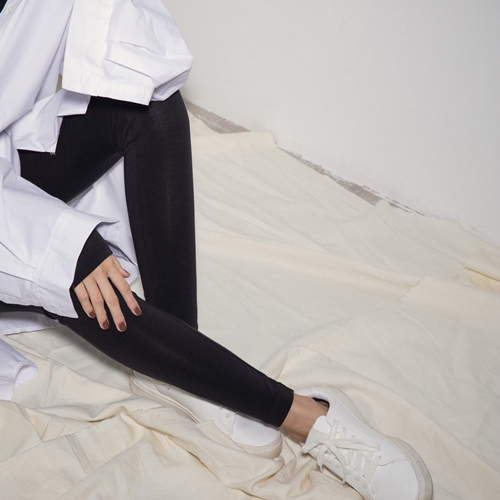 MIT 保暖舒適柔膚發熱內搭褲