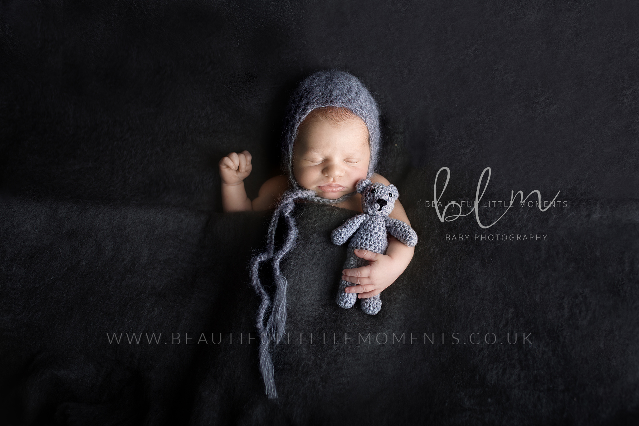 Hypnobirthing photography newborn baby antenatal postnatal taking photos
