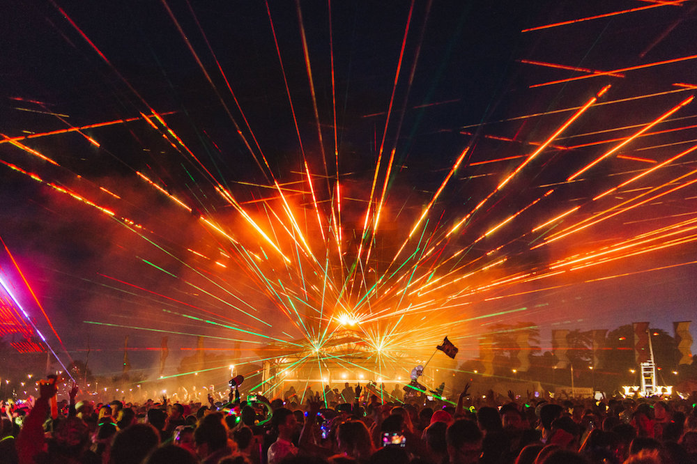 Wilderness Festival - Working with Light artist Chris Levine and sound artist Marco Perry from the Eden i-Project we supplied pyrotechnic effects for a finale laser event