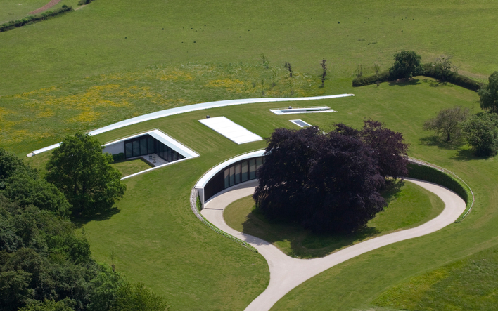 HOLMEWOOD - Semi-Subterranean HOUSE