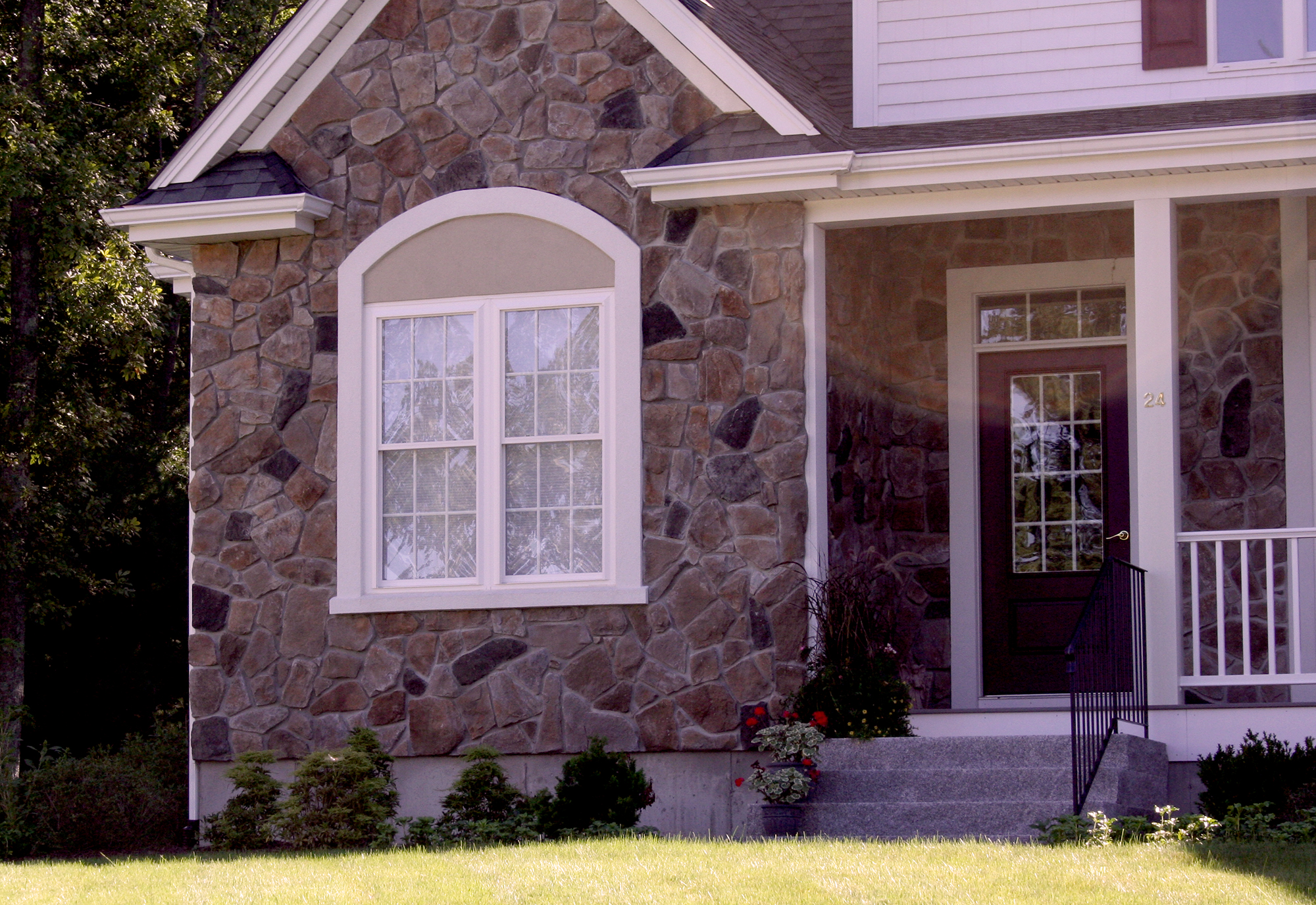 weatherbarr-Cornerstone-double-hung-exterior-6.jpg
