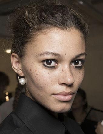 Diana Ross style Eyeliner -