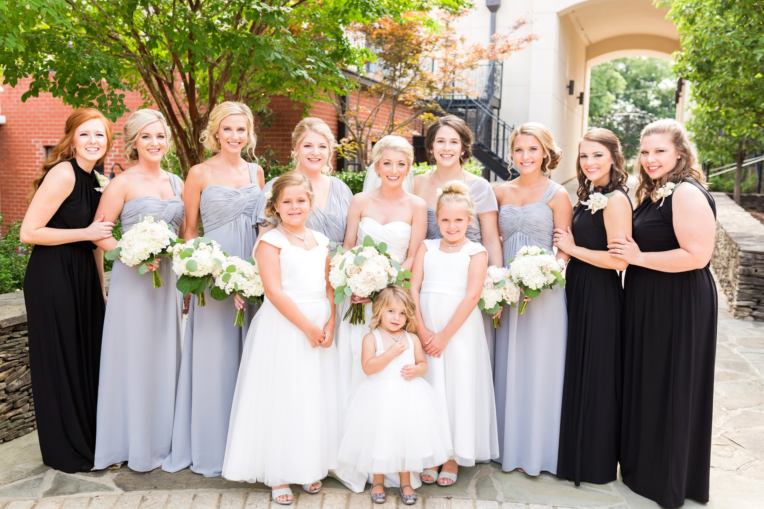 Greensboro_nc_wedding_photographer_Jodi_gray_colonnade-64.jpg