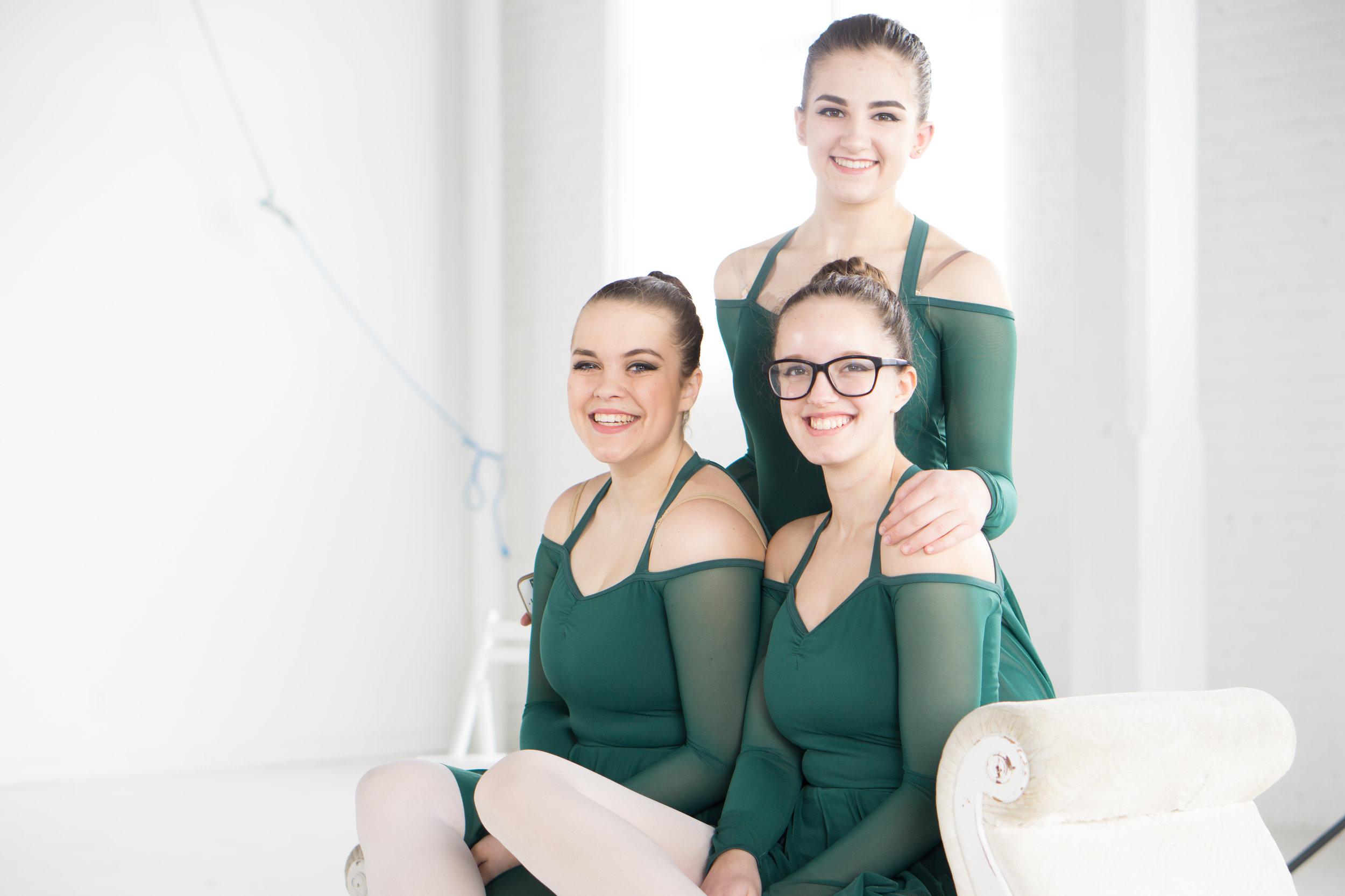 happy ballet dancer students
