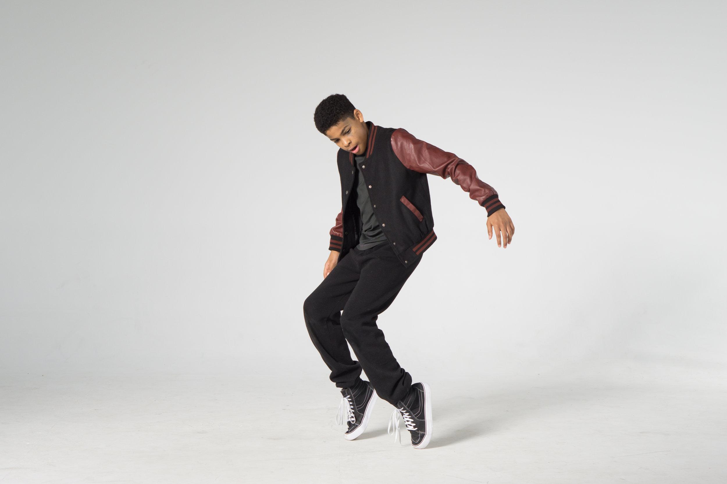 cool hip hop dancer on toes