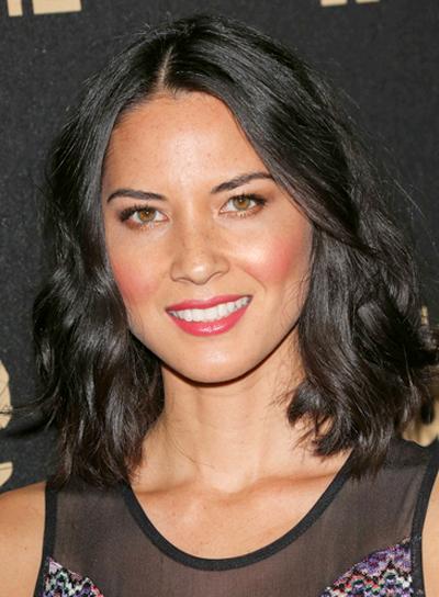olivia-munn-medium-tousled-wavy-black-hairstyle.jpg