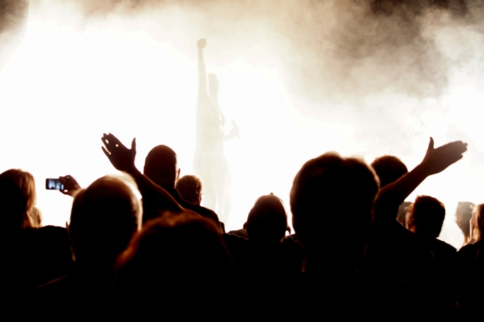 crowd-of-people-shaking-fists-in-air-clipart-9.jpg