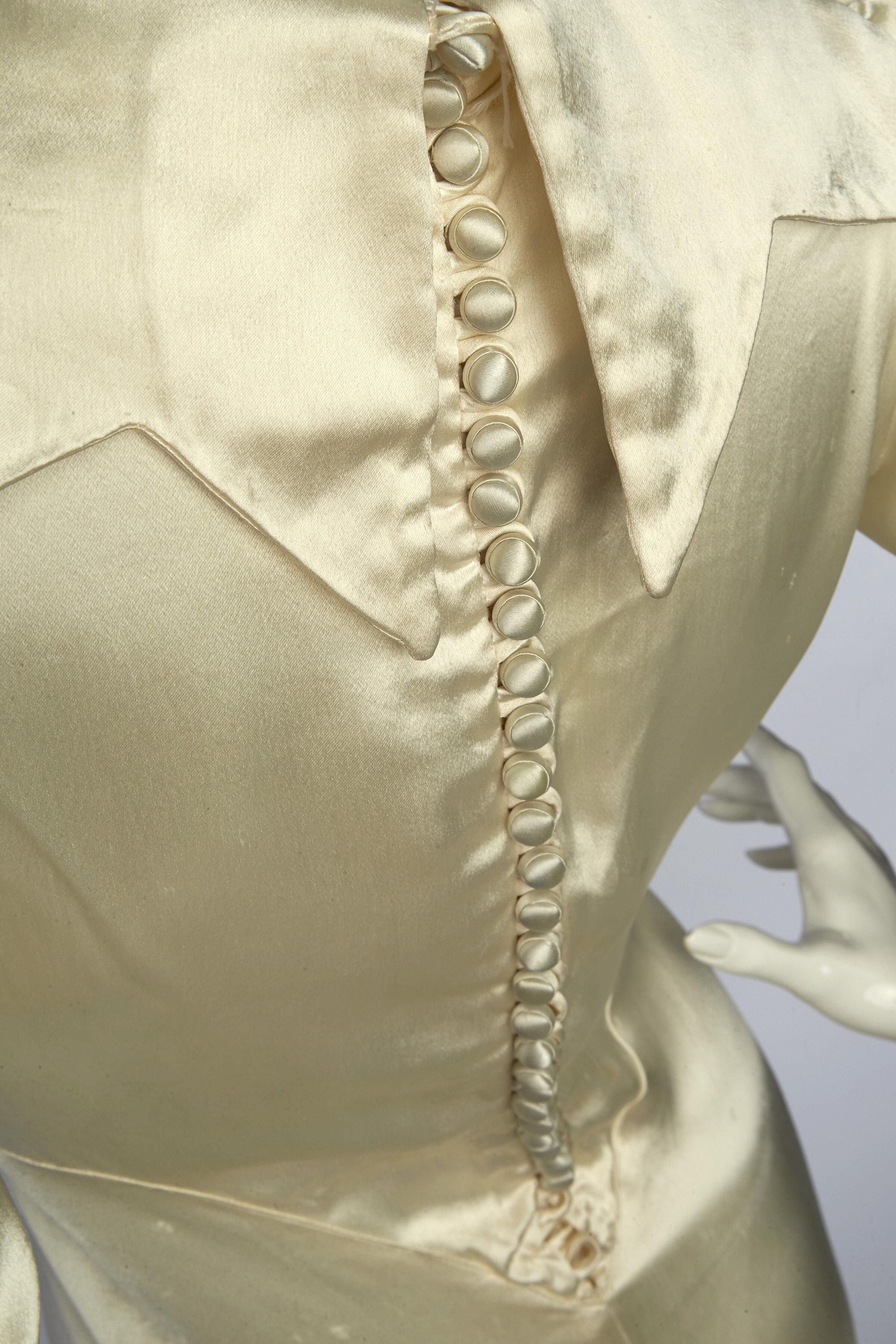 2wedding dress detail.jpg