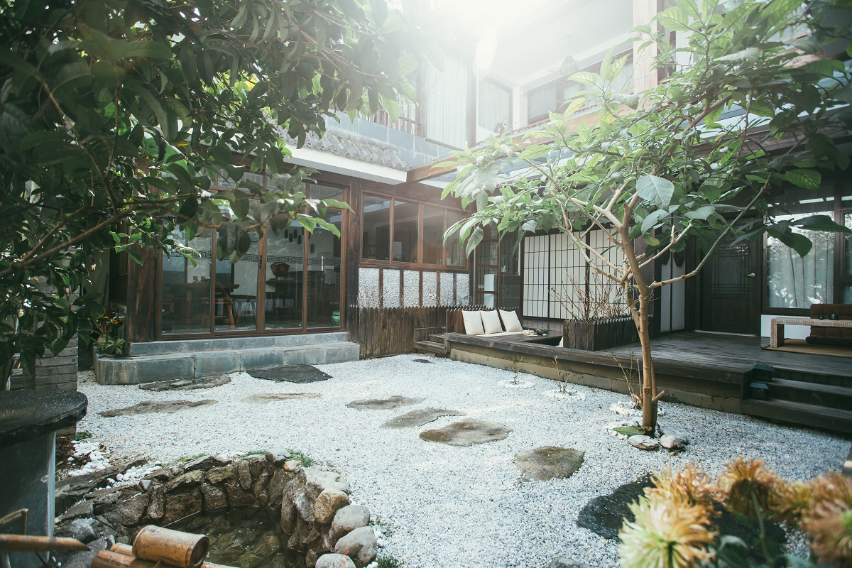 dali only blue guesthouse -