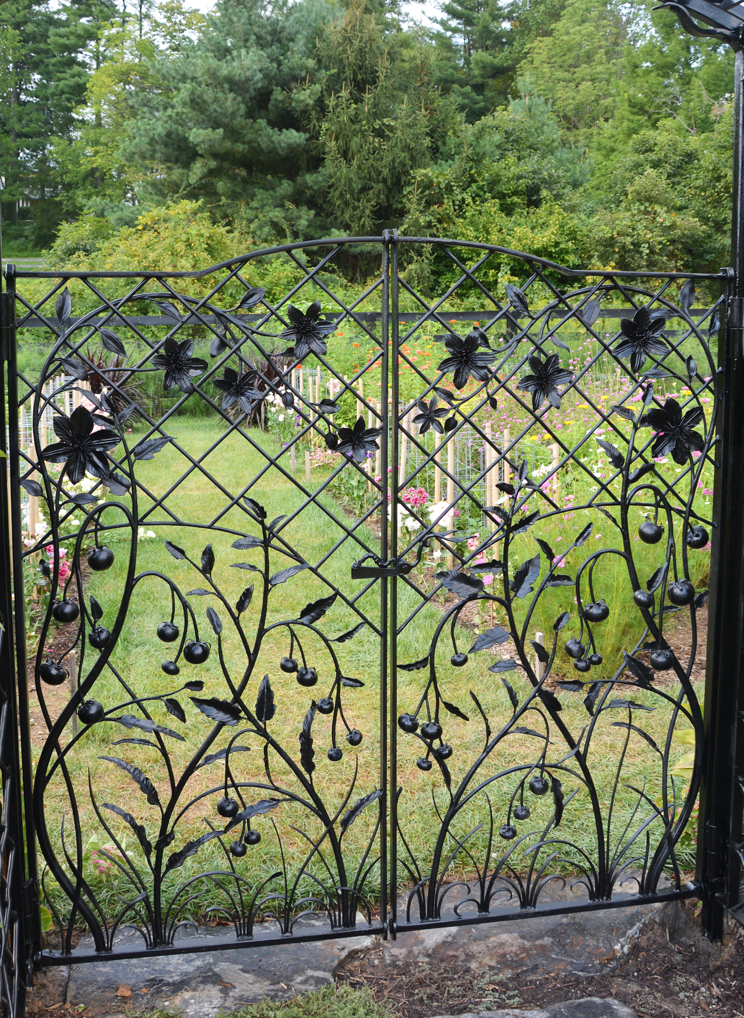 Custom Garden Gate and Trellis.jpg