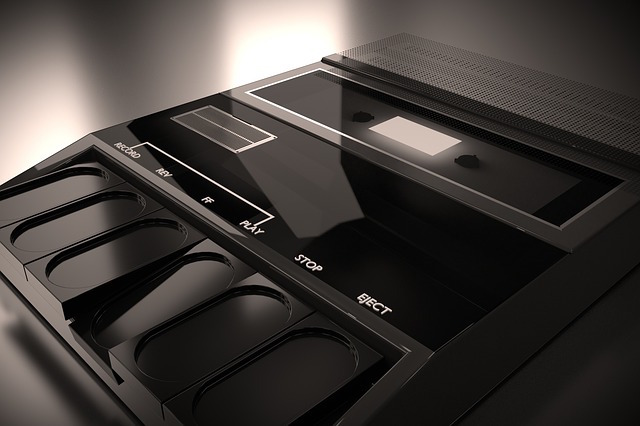 stereo-player-3400228_640 (1).jpg