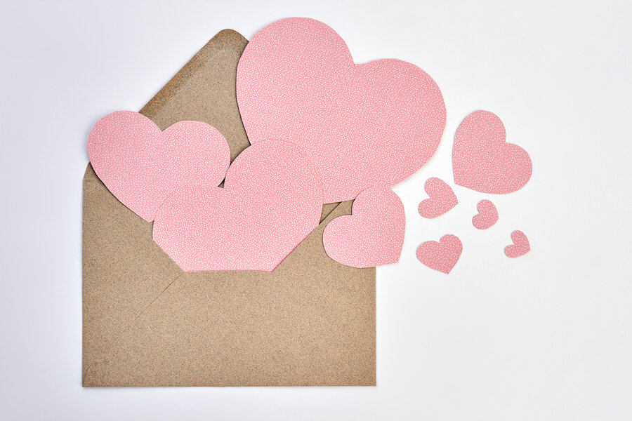bigstock-Opened-Envelope-And-Pink-Paper-239576392.jpg