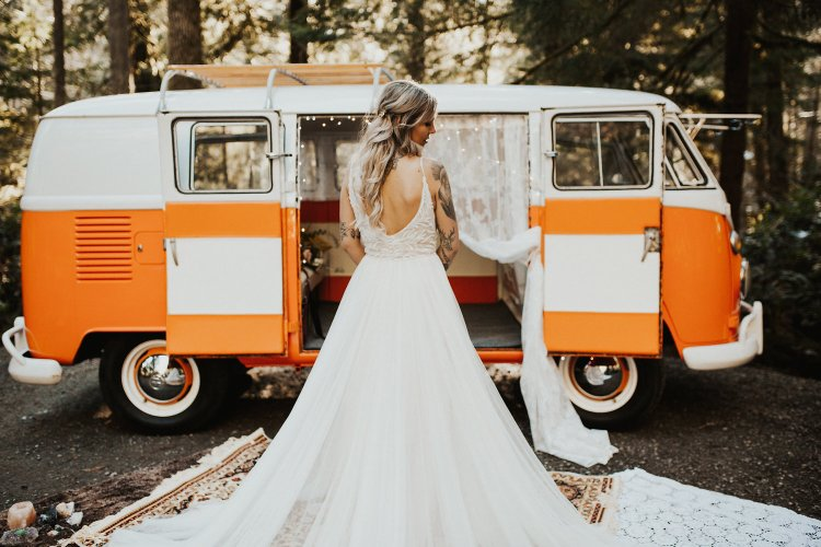Bride and VW Bus Photography.jpg