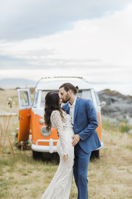 boho_beach_elopement- VW Bus photography.jpg