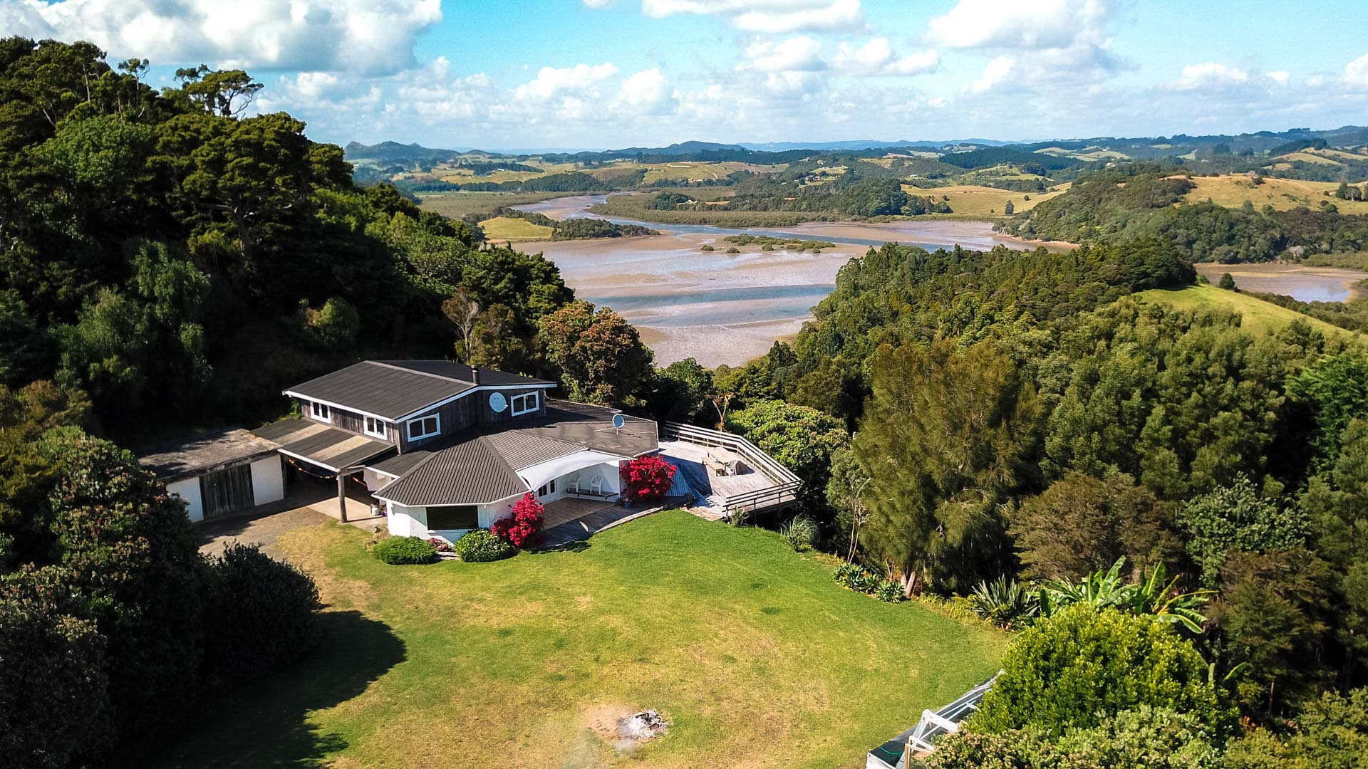 Drone Photography | up+up | Real Estate Pataua North-web.jpg