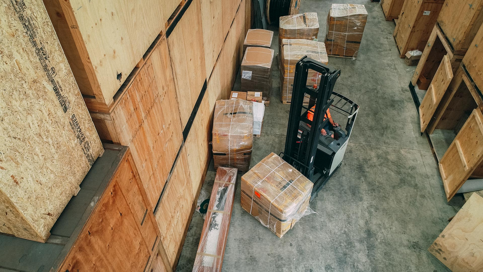 Warehouse & Manufacturing -