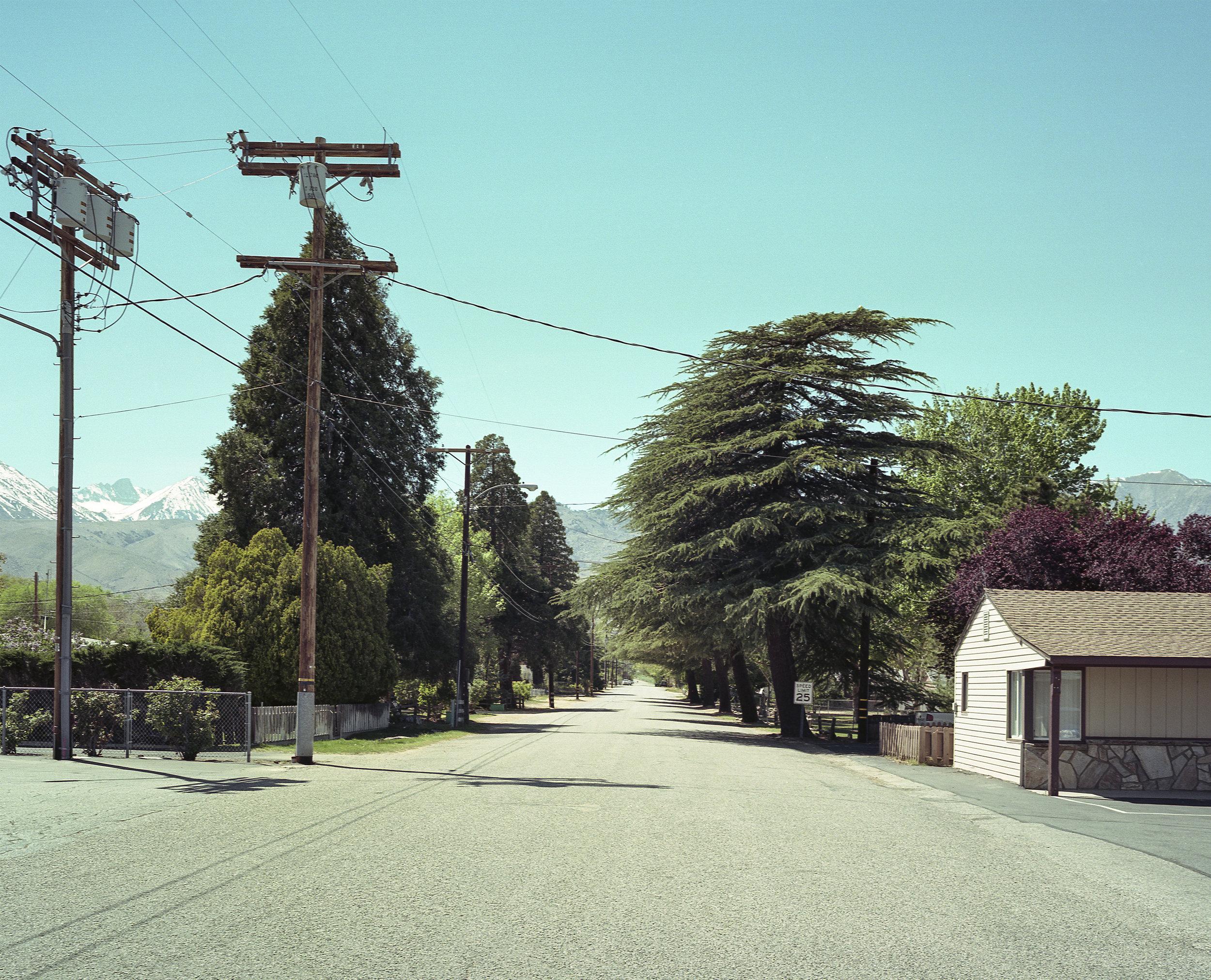 Bishop road to mountains - SQ.jpg
