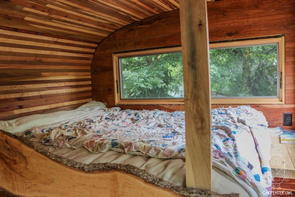 Snails Away: The Fiddlin' Snail Tiny Home - Bed Loft